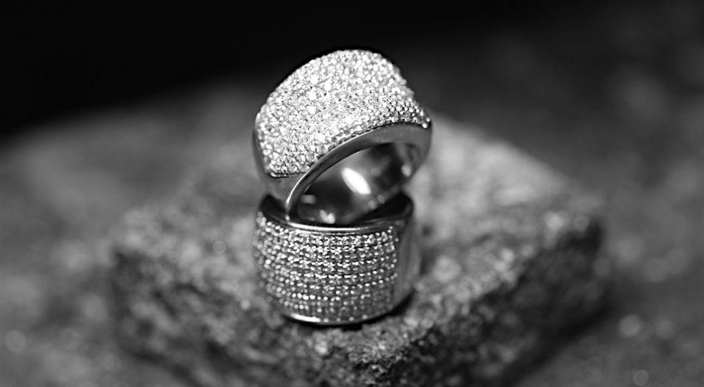 anelli pavè di diamanti