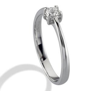 anello solitario in argento e diamante